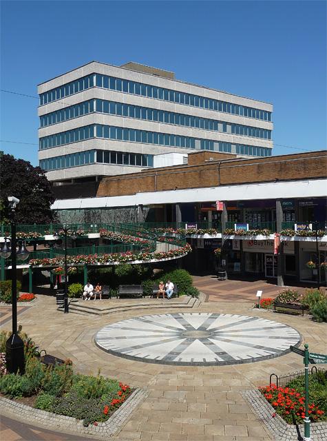 Charles Square, Bracknell