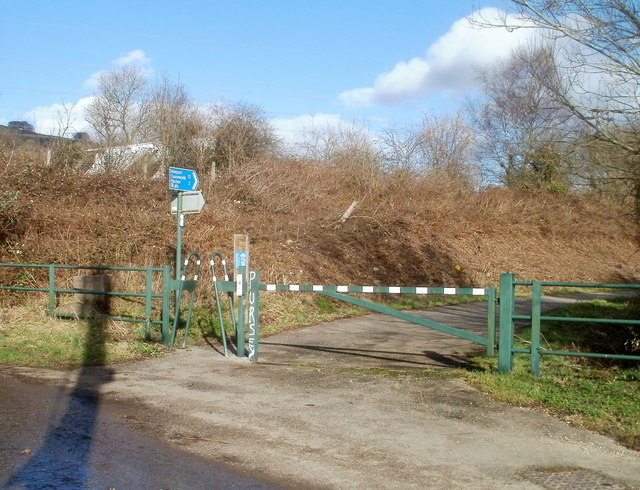 Cycleway at the NE edge of Trethomas