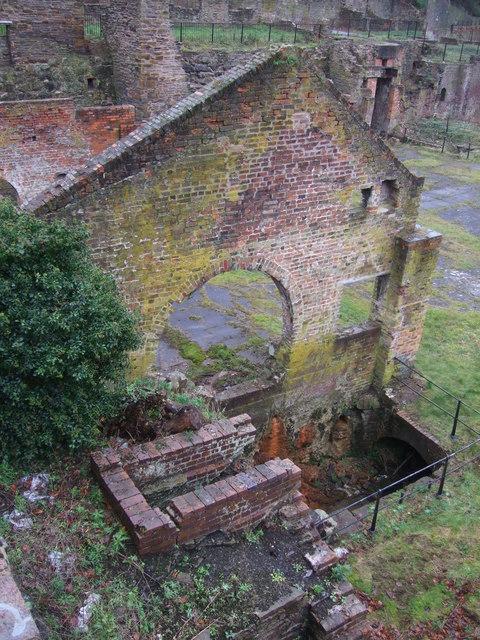 Ruins below Battery Pool (5)
