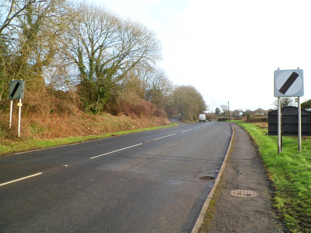 End of 30mph speed limit at the eastern edge of Cowbridge