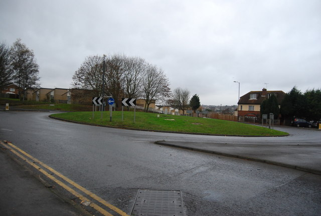 Roundabout, Armstrong Rd