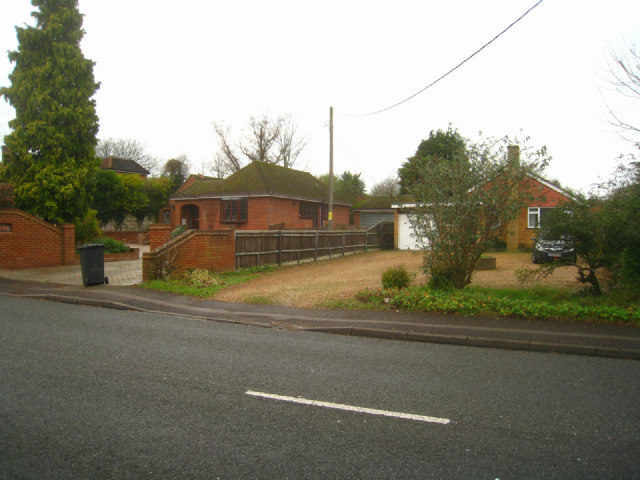 Bungalows along Buckskin Lane