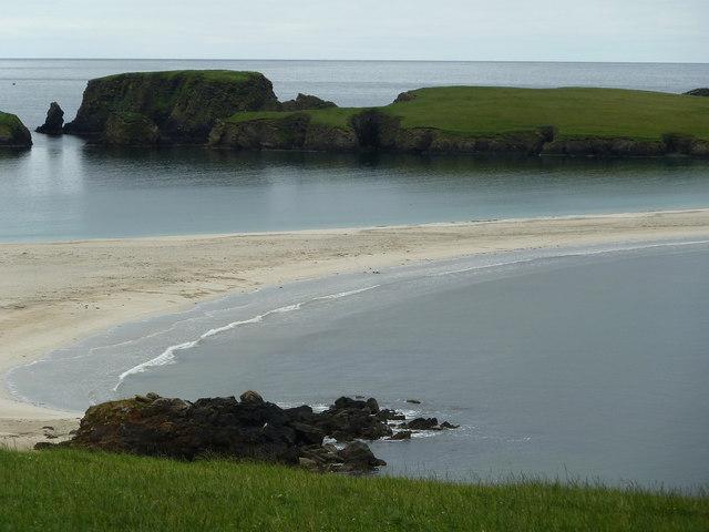 Hevda across St Ninian's Isle tombolo
