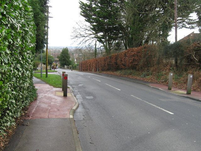 Middlehill Road, Colehill