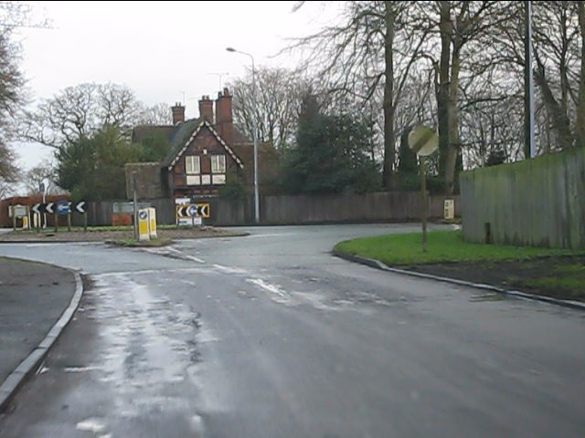 Chelford Road roundabout from Leycester Road