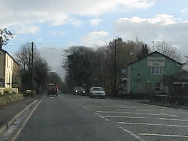 Henbury village, A537