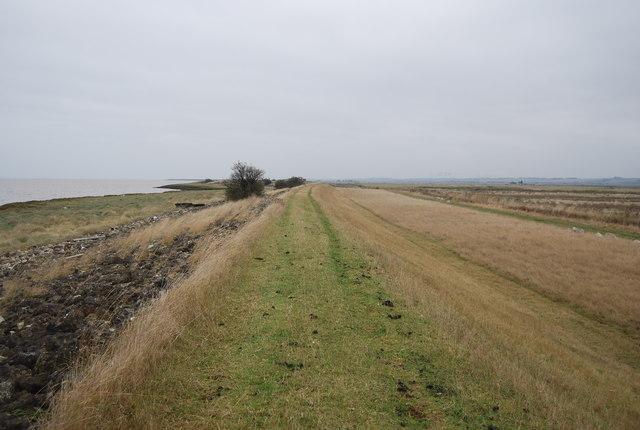 Footpath along the embankment