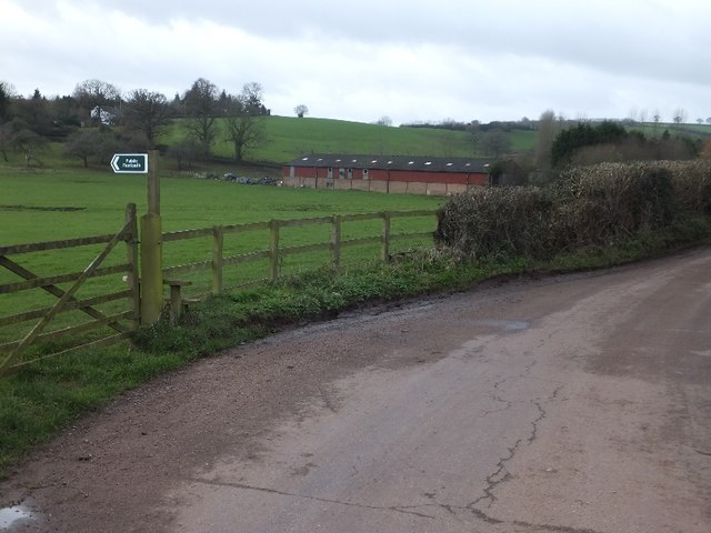 Footpath from Ponsford Lane to Knowle Lane