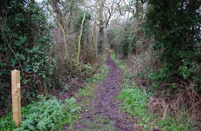 Public footpath to Porters Mill Lane