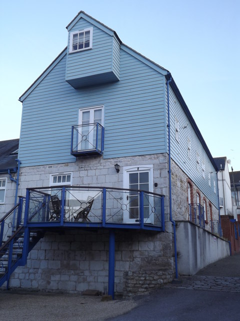 Brewers Quay, Holiday Cottage