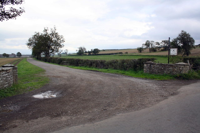 Access road to Gale Bank Farm from Gale Bank