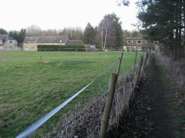 Footpath entering East End