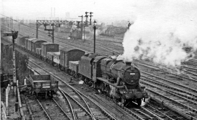 West Coast Main Line and Sudbury Sidings, Harlesden