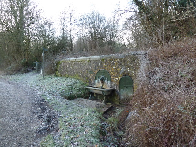 A chilly drinking fountain at Selborne