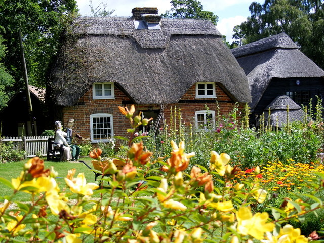Thatched Cottages at Furzey Gardens