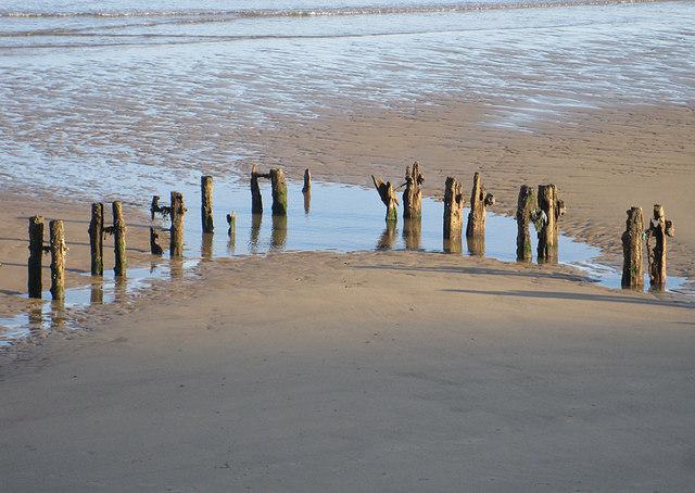 Groyne remains, Sandsend