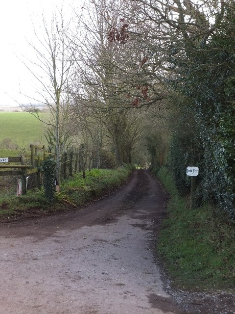 Access to Coombe Farm