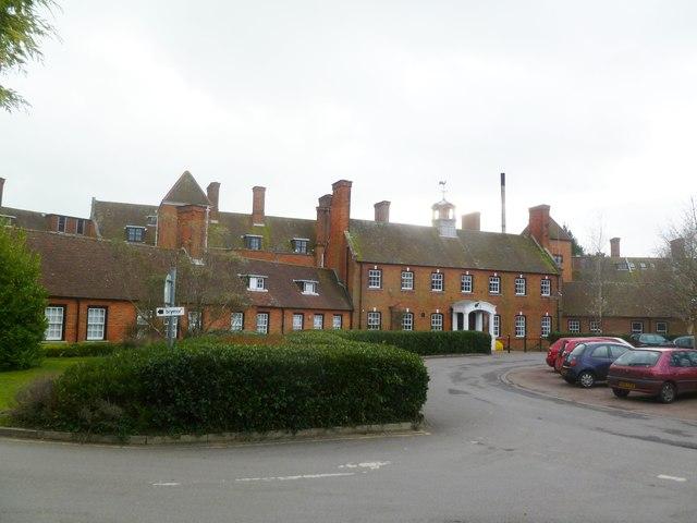 Canford Cliffs, St Ann's Hospital, front