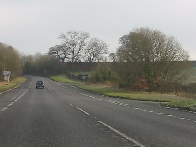 A complex of lane junctions on the A454