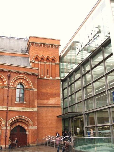 Where old meets new at St. Pancras Station