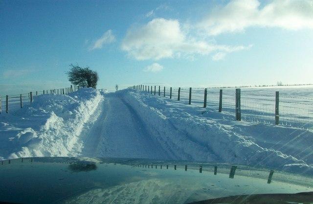 Caemor road  in snow