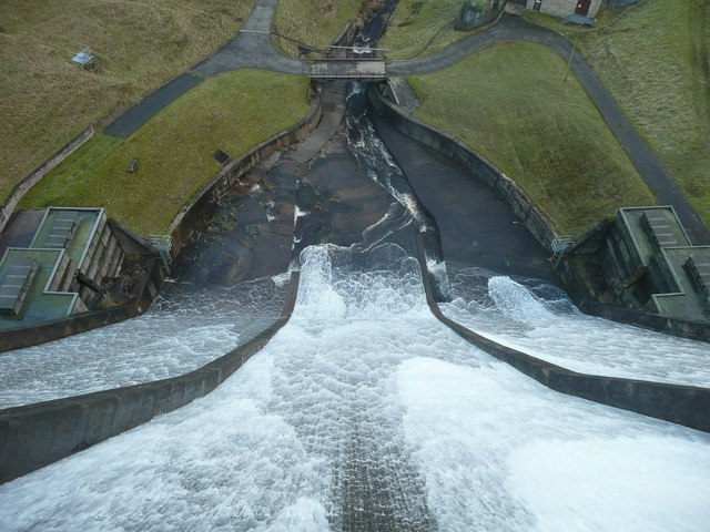 Baitings Reservoir spillway in action
