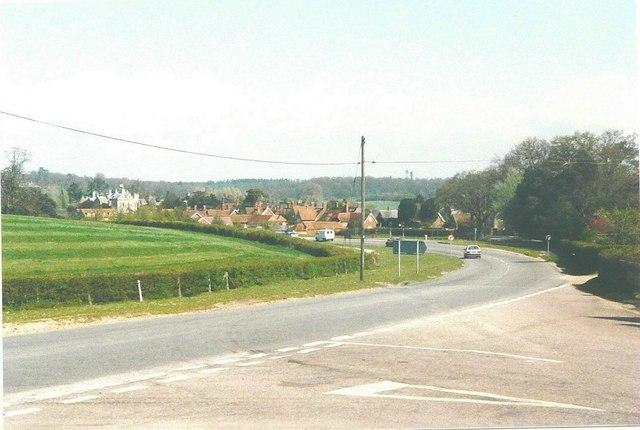 Approaching Beaulieu on the B3054 (Hatchet Lane)  in 1988