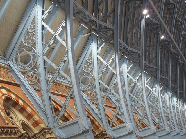 St. Pancras Station, west side - roof detail