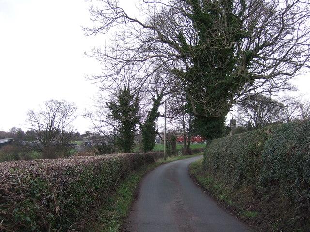 Crag Hill Lane towards the A61