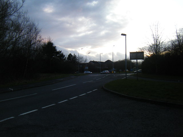 Shackleton Close looking towards the A574