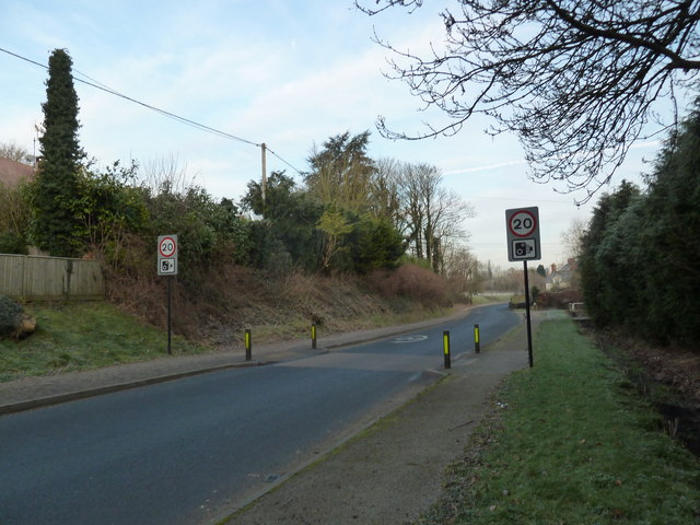 20mph sign approaching Selborne village