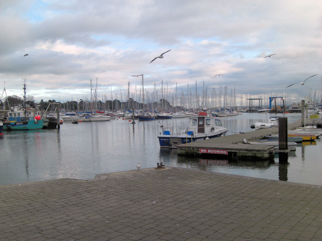 Entrance to Lymington Town slipway
