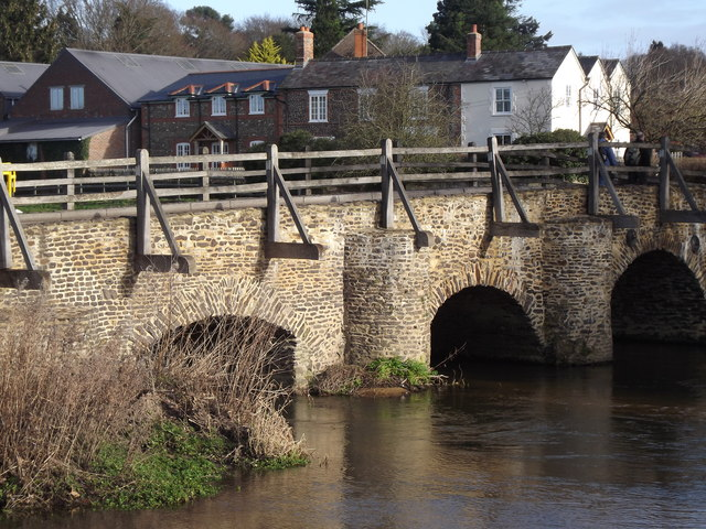 East Bridge, Tilford