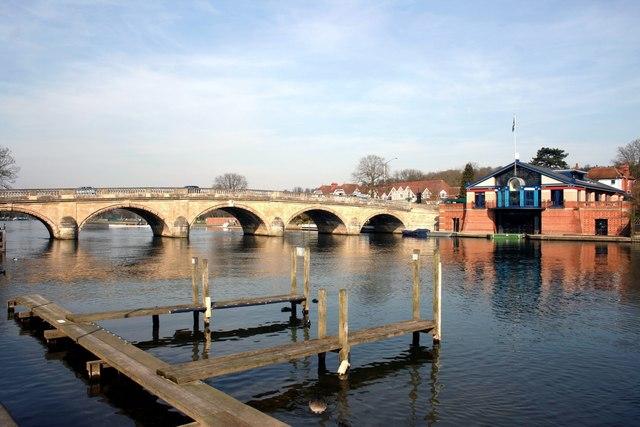 Bridge and Boat House, Henley