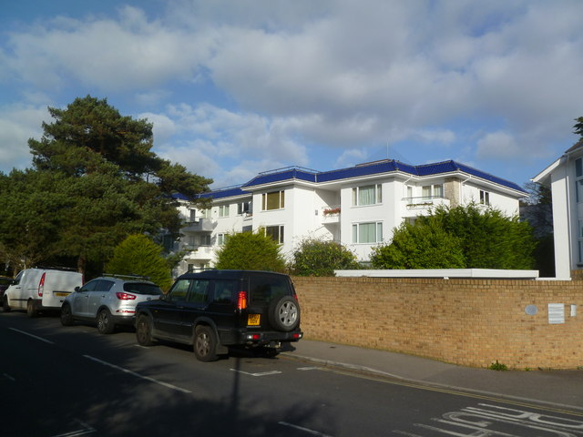 Sandbanks, Woodrising