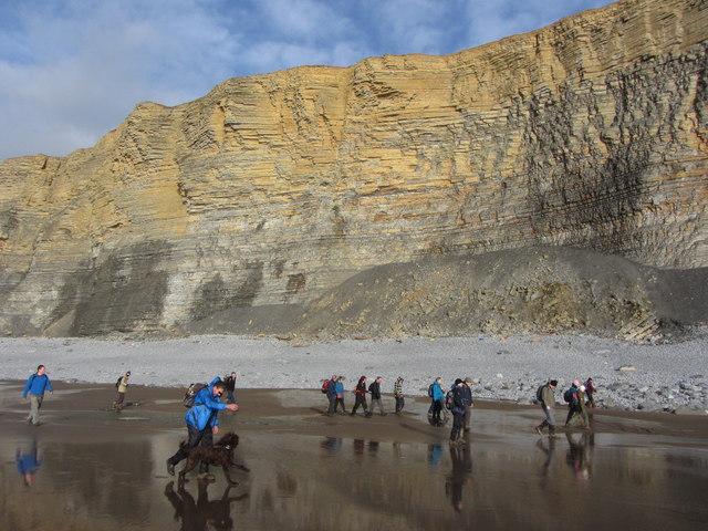 Traeth Bach and cliffs