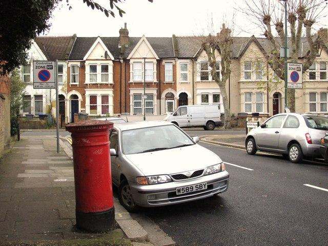 Redfern Road / Glynfield Road, NW10