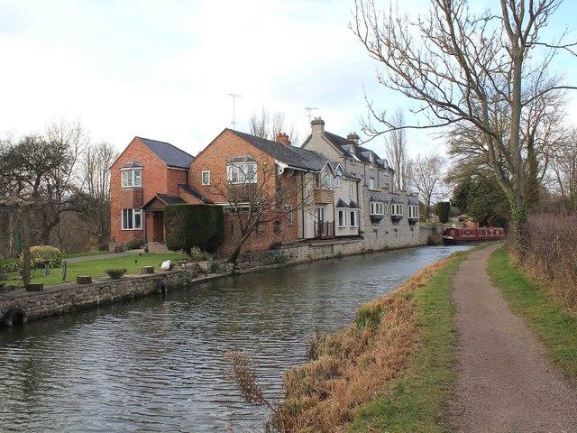 Stratford-upon-Avon Canal, Wilmcote