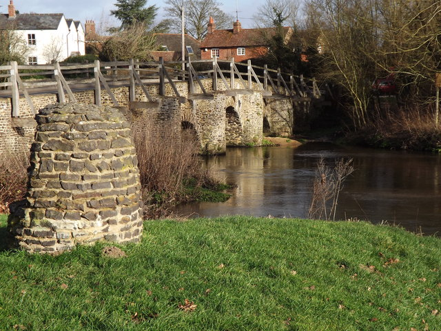 Cairn by Tilford Bridge