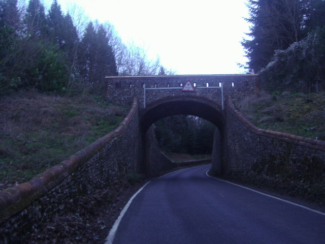 Dorking Arch footbridge over Crocknorth Road