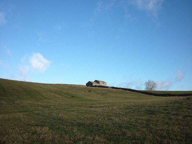 A barn by the Pennine Way above Lunedale