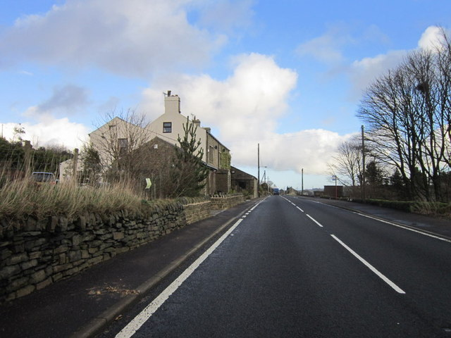 Looking east along the A58, Rochdale Road