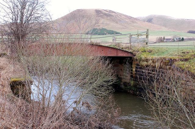 Old railway bridge over the Biggar Water