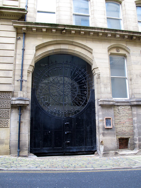 Gates of 66 Vicar Lane
