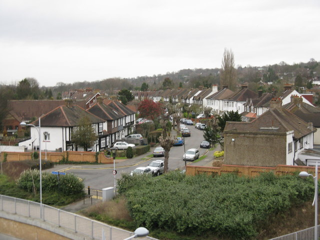 Coulsdon: view into Windermere Road
