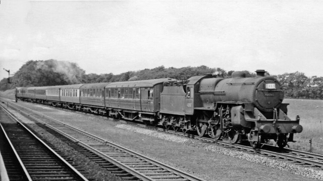 Holiday express from Blackpool to West Hartlepool passing Salwick