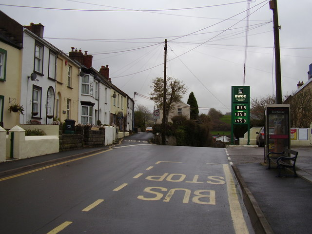 Buzzacott Lane Junction with Lynton Road