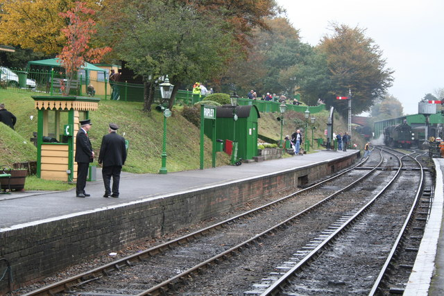 Ropley, Hampshire: view of station platforms