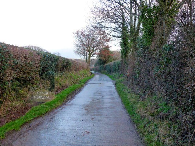 Drive to Lower Wernddu