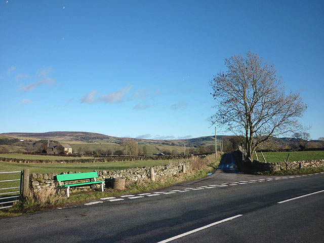 Tofts Road joins the B6276 west of Mickleton